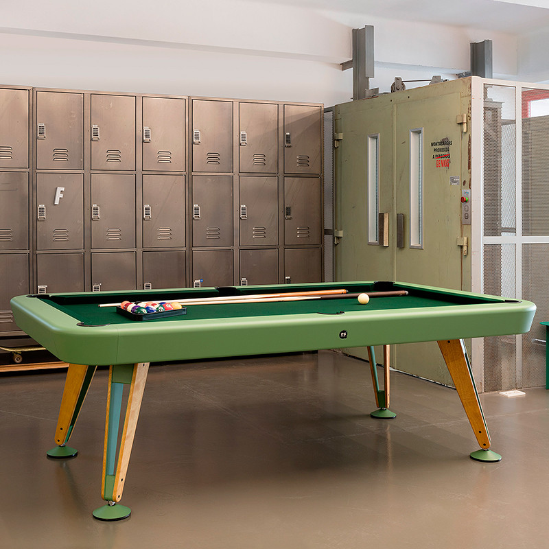 RS Diagonal pool table - Indoor